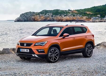 Volkswagen Taos vs Seat Attica