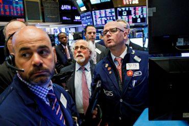 Wall Street cerró con fuertes pérdidas tras el aumento de casos de coronavirus en Estados Unidos y Europa