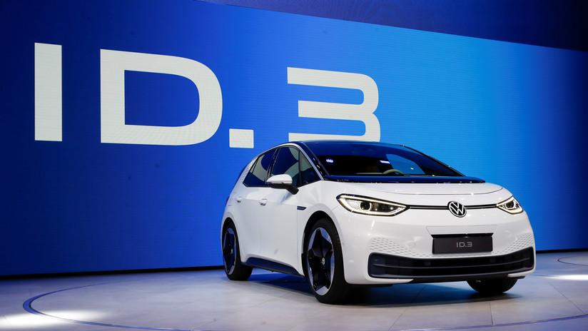 """Fotos: Volkswagen presenta su auto totalmente eléctrico, """"La primera huella libre de carbono del mundo"""""""